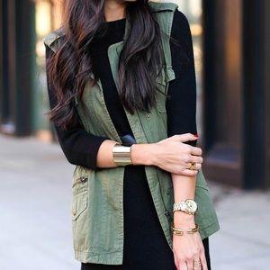 Forever 21 green utility drawstring waist vest